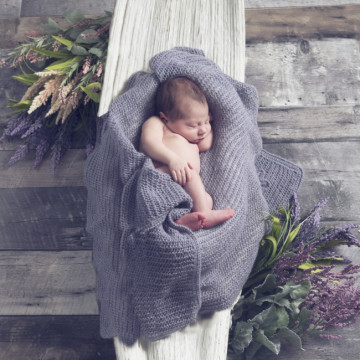 Newborn, maternity and baby photographer Magali Eysseric  (Guiliphoto). Photo of 15 January