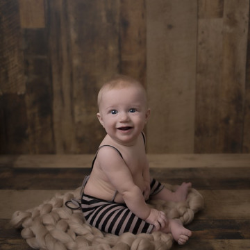 Baby photographer Paige Koster (PaigeKPhoto). Photo of 24 August