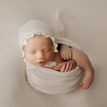 Baby photographer Amy Mulford (AmyMulford). Photo of 25 February