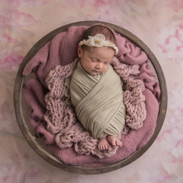 Baby photographer Brandi Barth (Jojobeestudios). Photo of 04 June