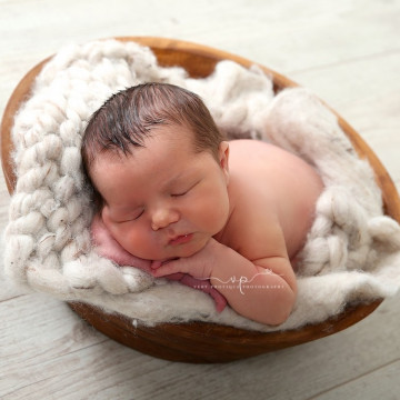 Newborn, maternity and baby photographer Marie Markovsky (veryphotique). Photo of 17 August