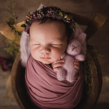 Newborn, maternity and baby photographer Nicolas Garnier (nicolasgarnierphotography). Photo of 09 February