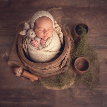 Newborn, maternity and baby photographer Nicolas Garnier (nicolasgarnierphotography). Photo of 10 February