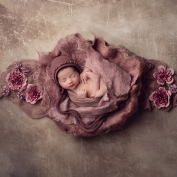 Newborn, maternity and baby photographer Josef Bonnici (ticklesagiggles). Photo of 16 July