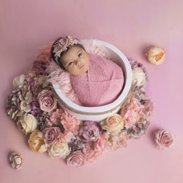 Newborn, maternity and baby photographer Diana Widjaya (dianawidjaya). Photo of 09 March